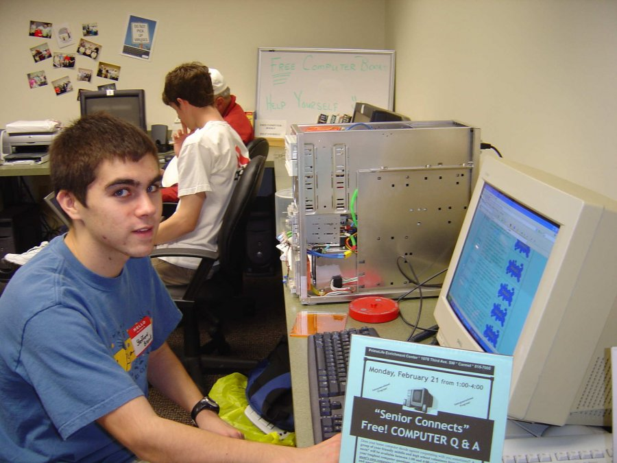 student-volunteers-developed-utility-cds-that-were-provided-free-to-help-safeguard-seniors-computers