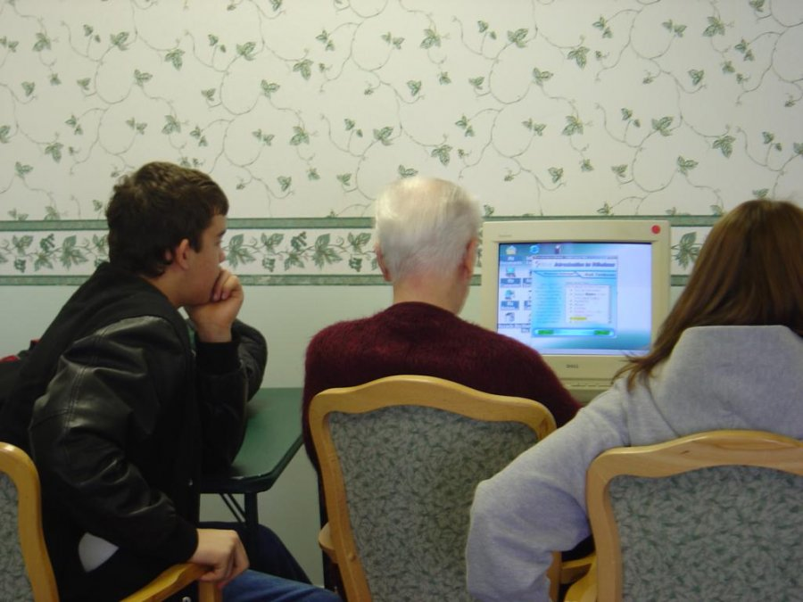 working-at-a-computer-lab-created-by-students-at-a-independent-living-facility