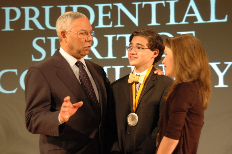 general-powell-congratulates-net-literacy