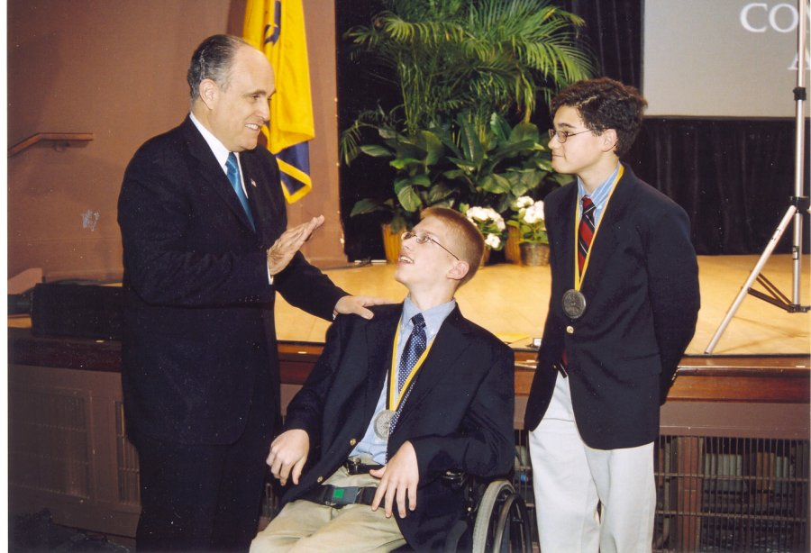 mayor-giuliani-recognizes-a-senior-connects-volunteer