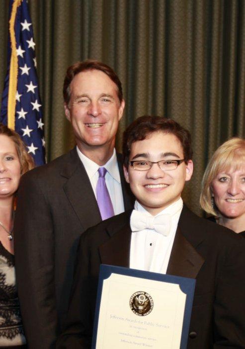 us-senator-bayh-recognizes-net-literacy