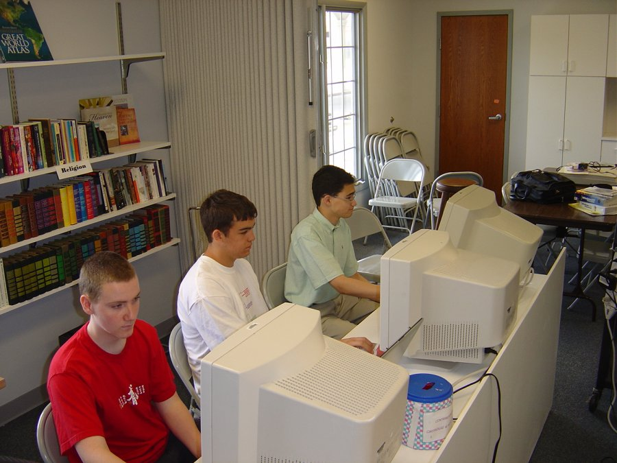 tuning-up-computers-at-a-community-center