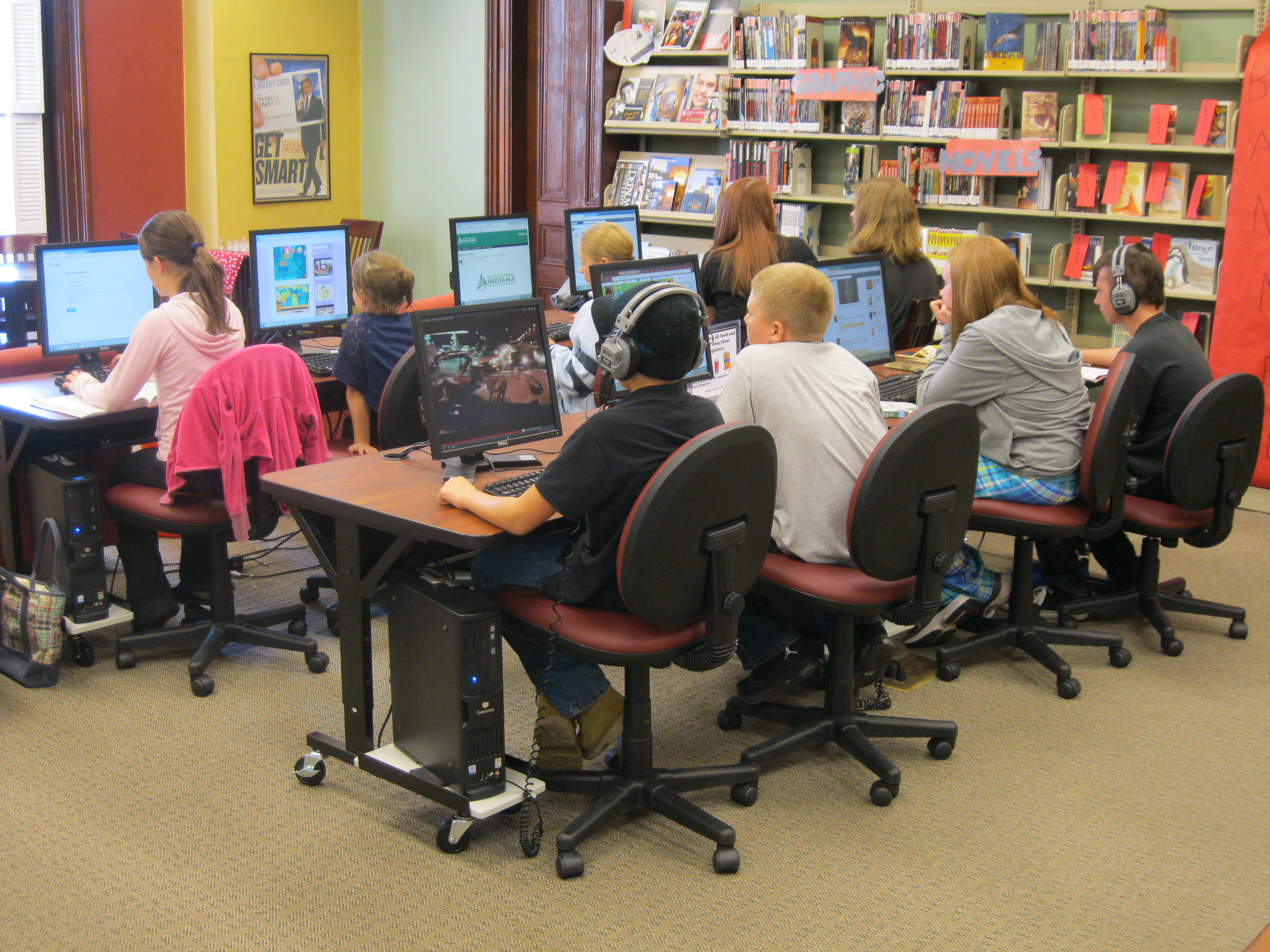 A new computer lab at the library   Net Literacy